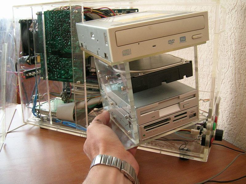 что сделать из старого ноутбука своими руками быть